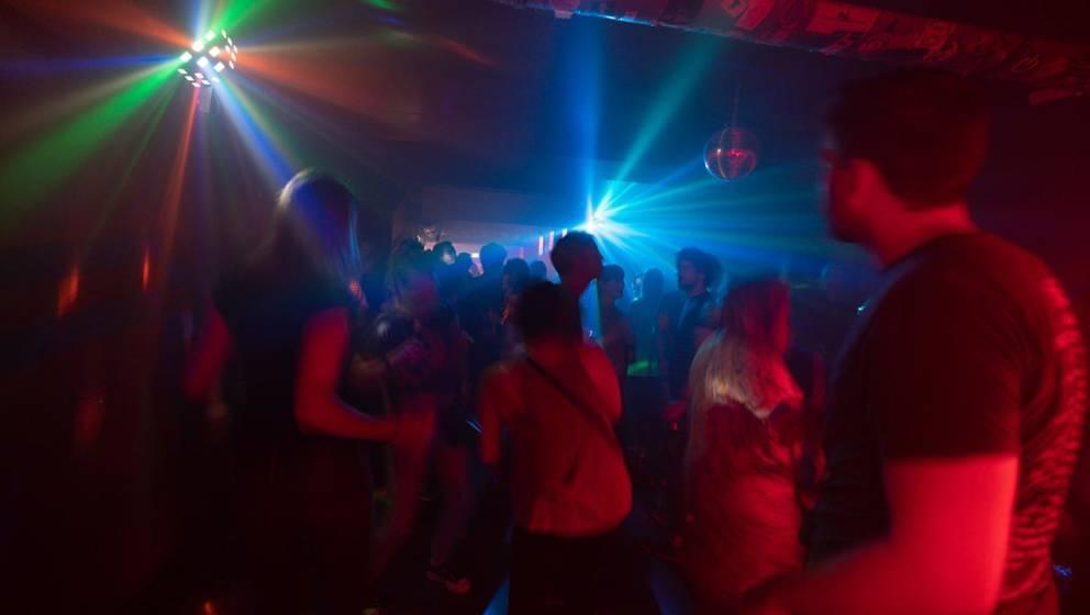"""""""2 Stündchen Indie""""-Party im Tsunami Club in Köln"""