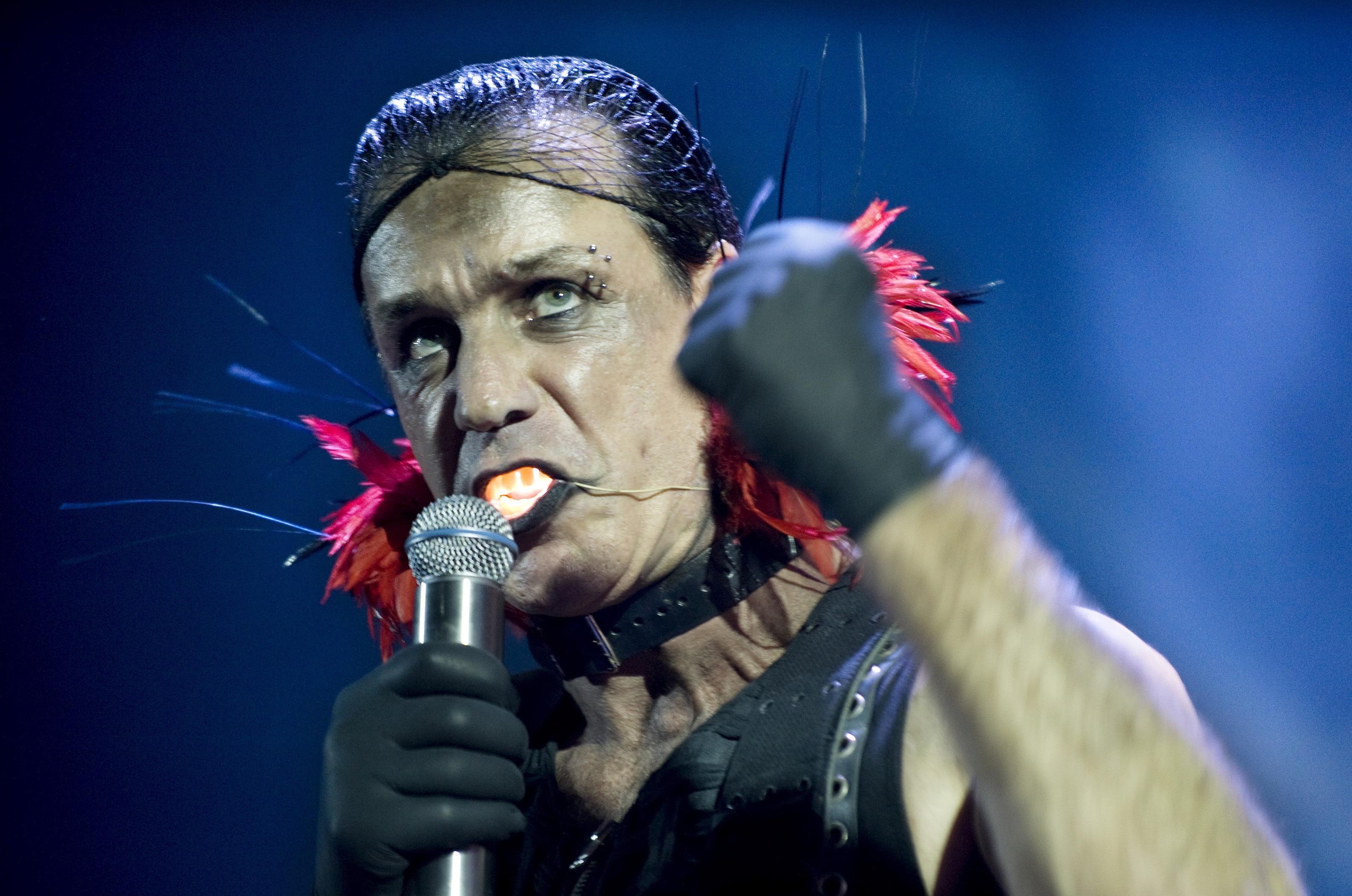 """Till Lindemann äußert sich zu Prügelvorwürfen: """"Er war ein unhöfliches..."""