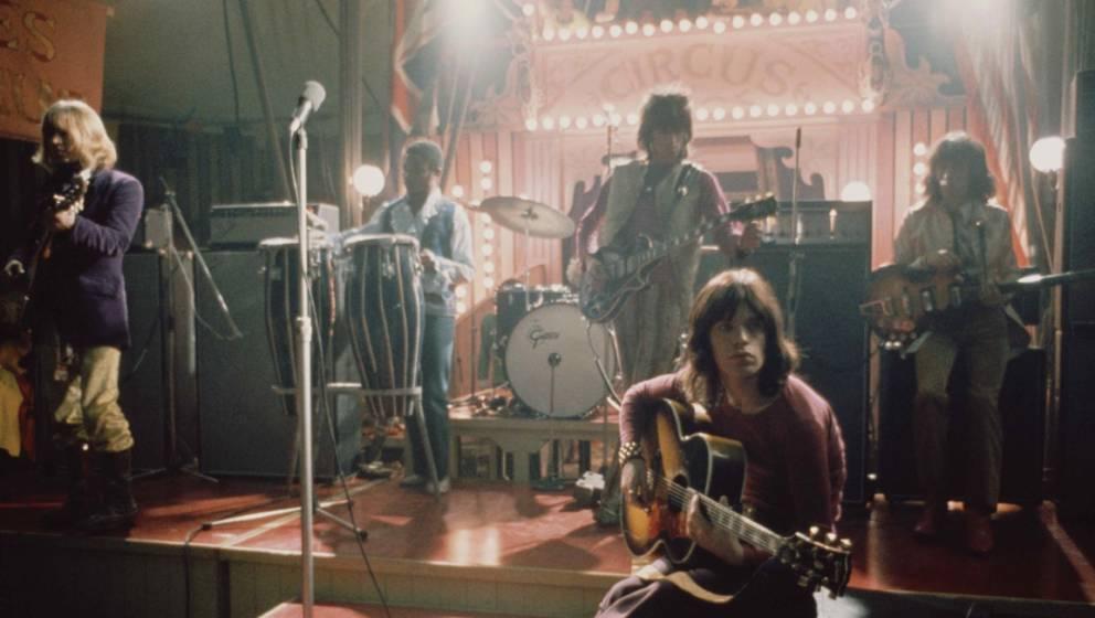 Schon etwas müde: Rolling Stones spielen in ihrem Rock And Roll Circus