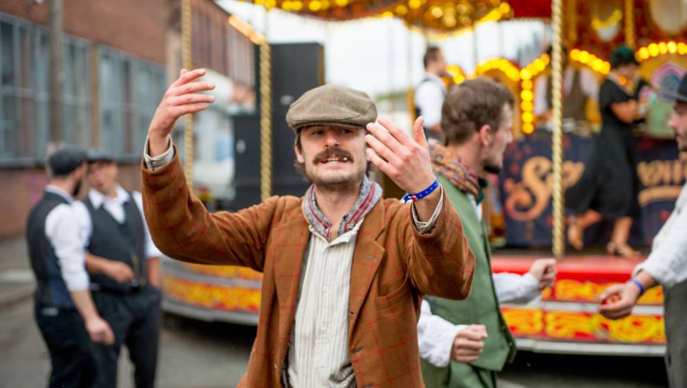 Mit viel Liebe zum Detail wurden die Besucher des Peaky Blinders Festival in die Zeit der echten Gangster zurückversetzt.