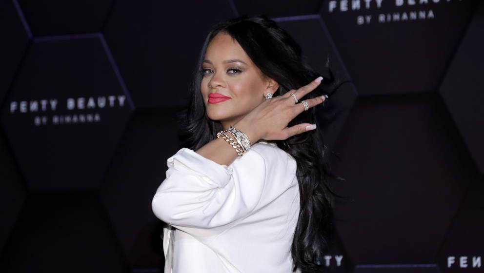 """Rihanna bei einem Event ihrer Kosmetik-Marke """"Fenty Beauty"""" in Südkorea."""