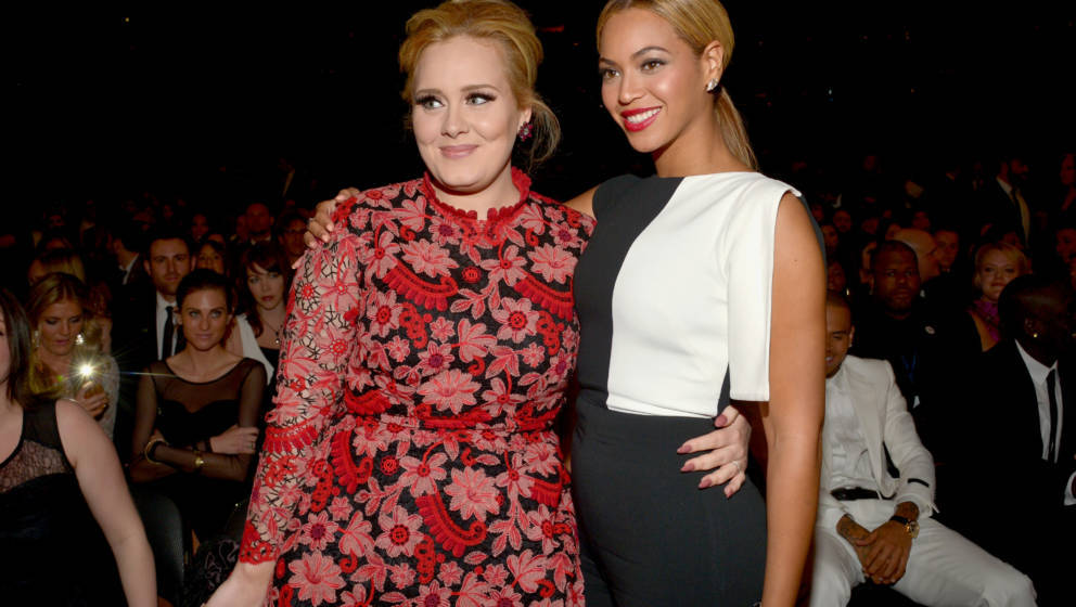 LOS ANGELES, CA - FEBRUARY 10:  Recording artists Adele (L) and Beyonce attend the 55th Annual GRAMMY Awards at STAPLES Cente