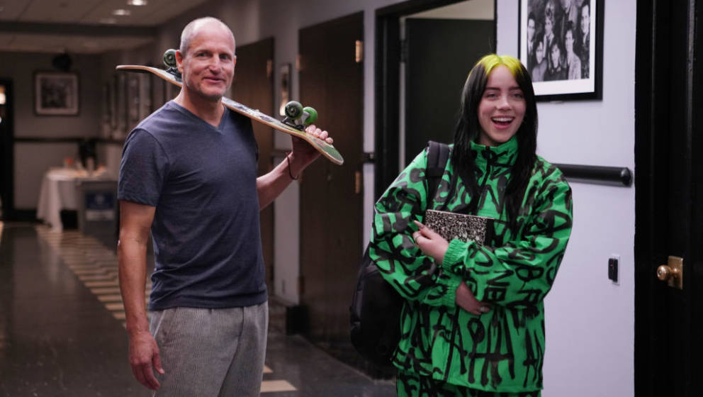 SATURDAY NIGHT LIVE -- 'Woody Harrelson' Episode 1768 -- Pictured: (l-r) Host Woody Harrelson and musical guest Billie Eilish