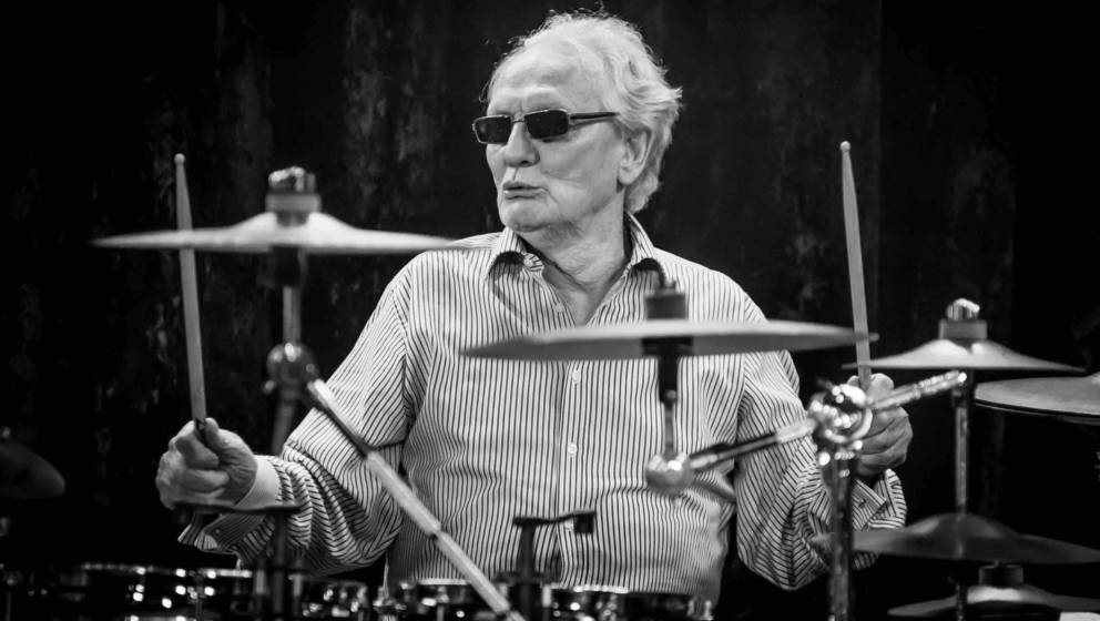 LONDON, ENGLAND - JANUARY 26:  (EDITORS NOTE: Image has been converted to black and white) Ginger Baker performs on stage wit