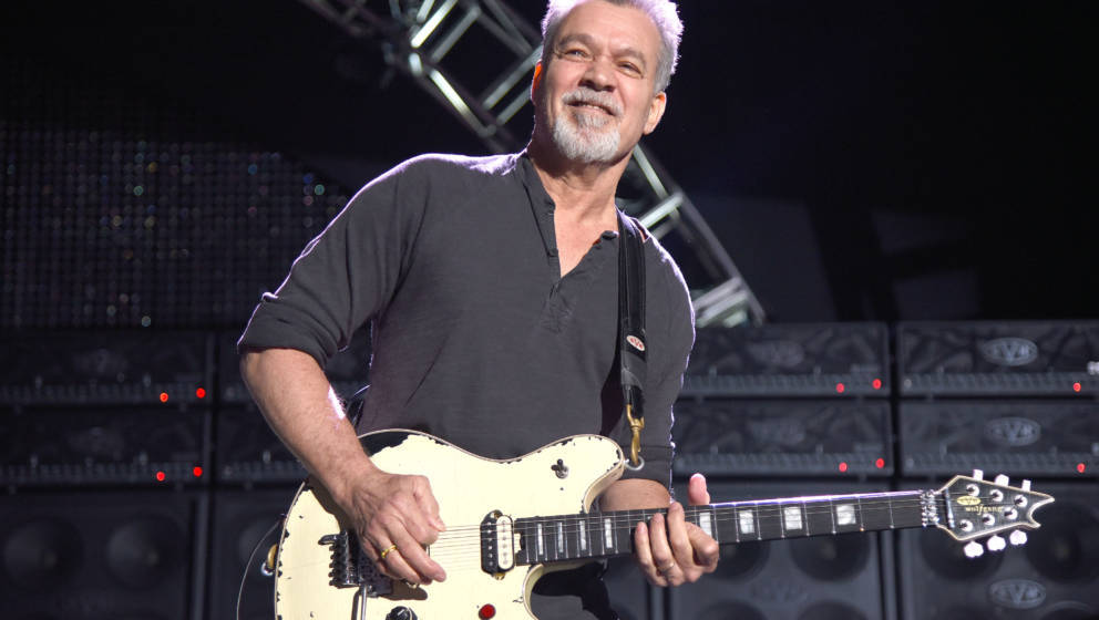 MOUNTAIN VIEW, CA - JULY 16:  Eddie Van Halen of Van Halen performs at Shoreline Amphitheatre on July 16, 2015 in Mountain Vi