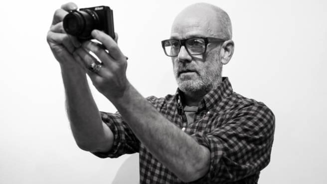 """Michael Stipe im Interview: """"Alles was ich sehe, ist wundervoll. Moment. Tote Vögel würde ich nicht fotografieren"""""""