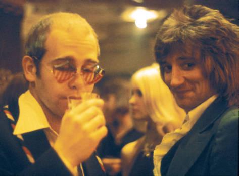 Rolling Stones: Ron Wood hatte auf Partys immer einen Bunsenbrenner dabei, um Kokain zu...