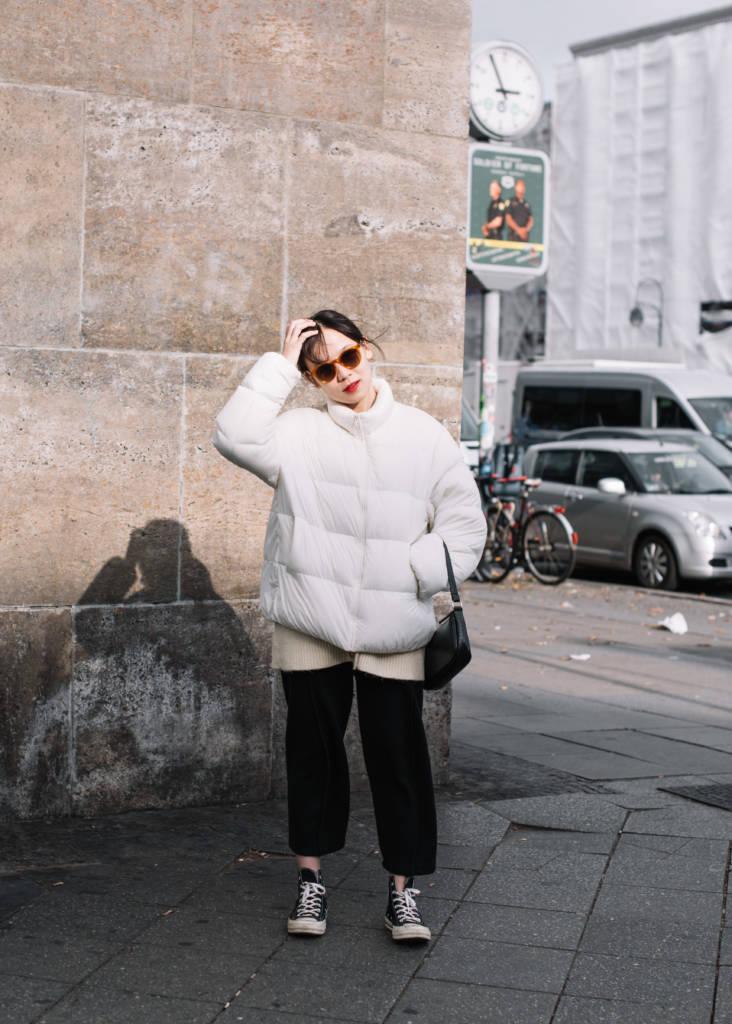 Jin findet, Bequemlichkeit sei in Berlin wichtiger als Style