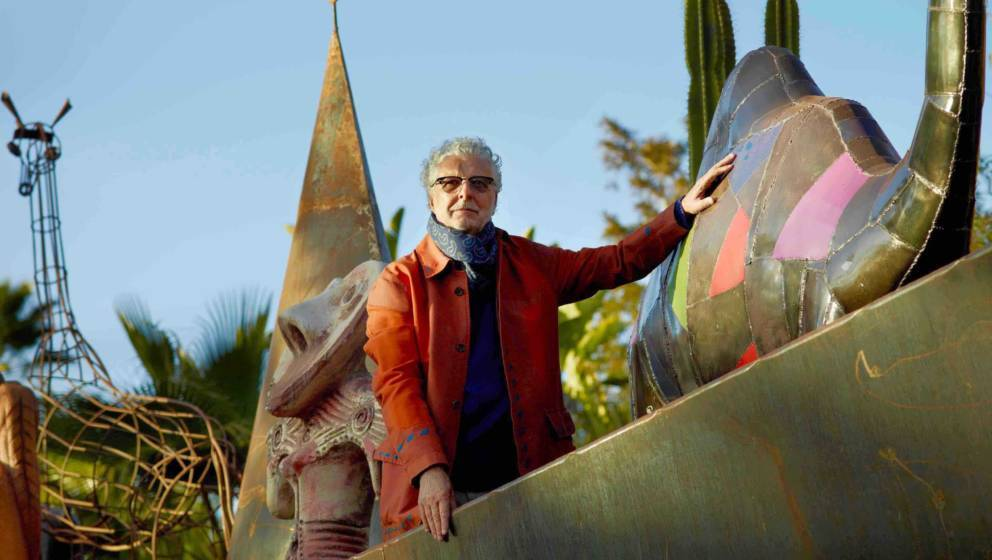 HANDOUT - Der österreichische Schauspieler, Aktionskünstler und Chansonnier André Heller posiert am 08.03.2016 in Marokko