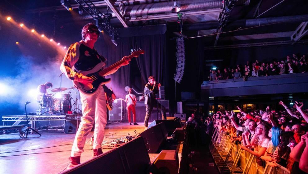 14.02.2020, Berlin: Die US-Rockband The Strokes spielt ein Konzert in der Columbiahalle. Nach Sieben Jahren pause wird am 10.