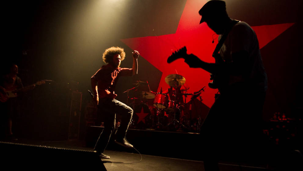 HOLLYWOOD - JULY 23:  Zack de la Rocha (L) and Tom Morello of Rage Against The Machine perform at the Hollywood Palladium on