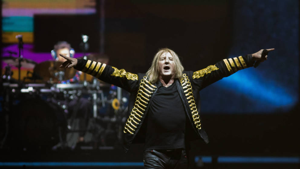Joe Elliott von Def Leppard in der O2 Arena in London 2018