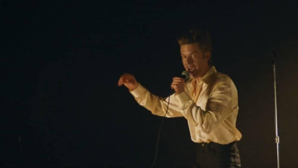 """Szene aus dem Musik-Video zu """"Caution"""" von The Killers."""