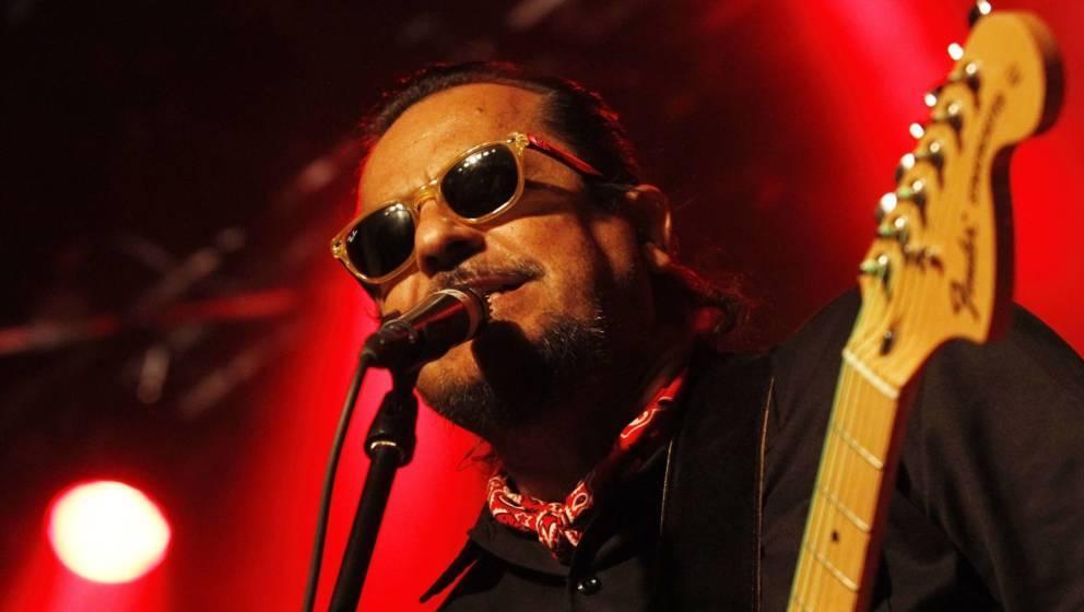 Sänger Tito Larriva von Tito & Tarantula