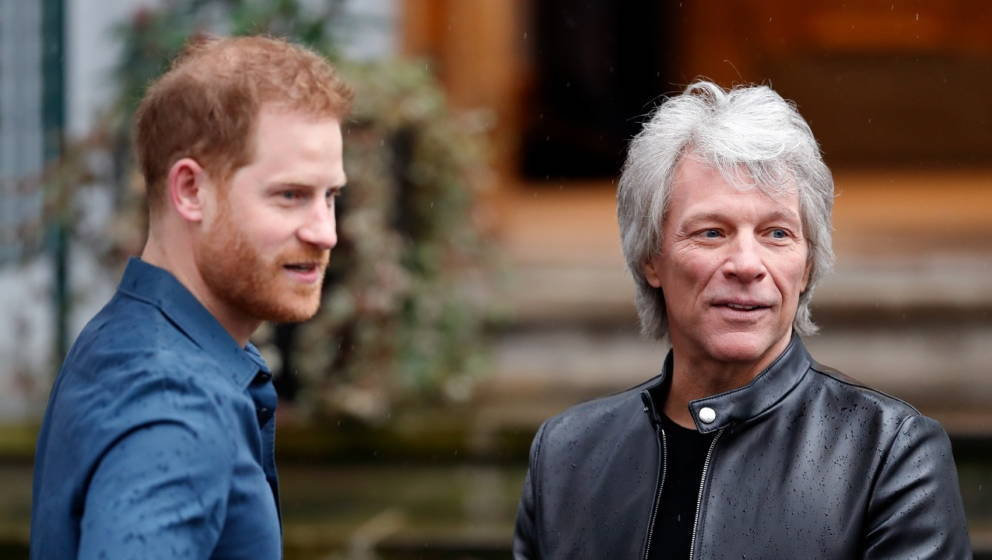 Prinz Harry und Jon Bon Jovi am 28. Februar 2020 in den Abbey Road Studios in London.