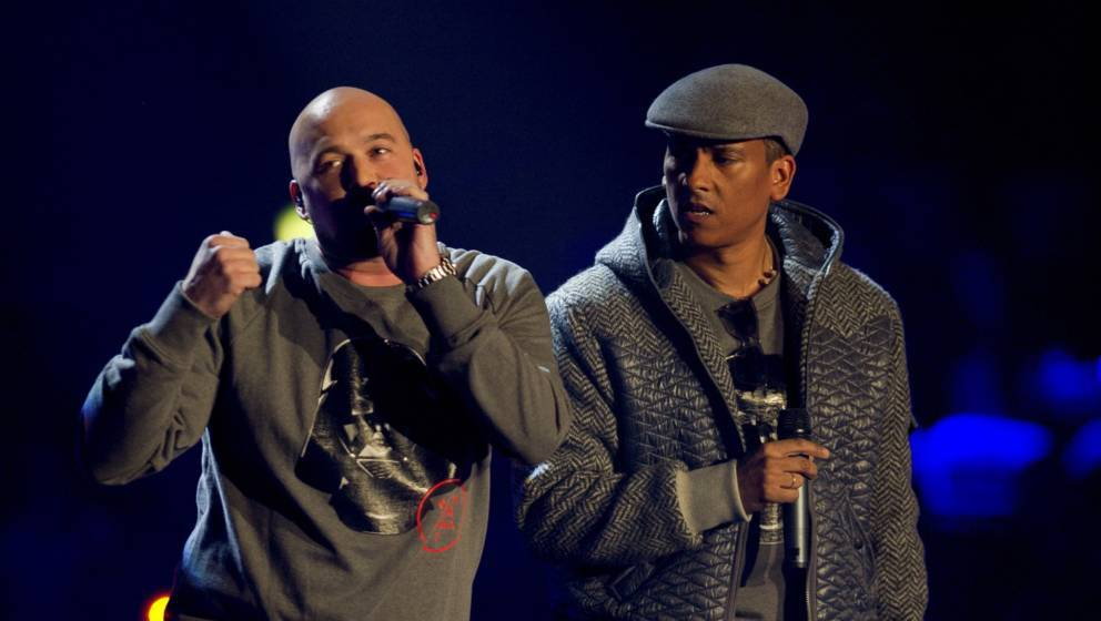 BERLIN, GERMANY - SEPTEMBER 28:  Kool Savas and Xavier Naidoo (R) perform during the 'Bundesvision Song Contest 2012' at the