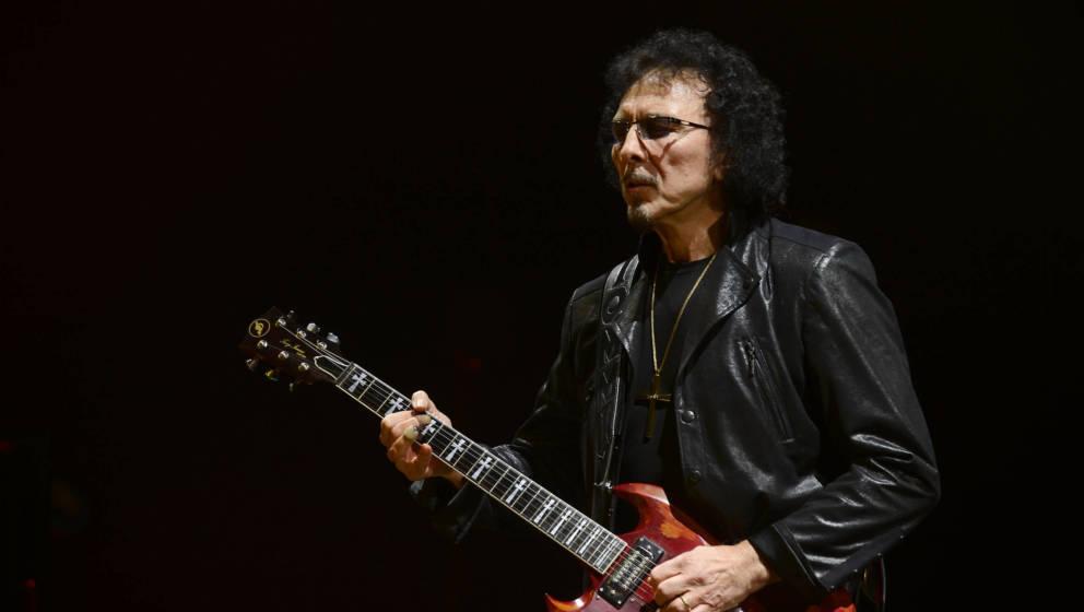 Tony Iommi bei einem Aufritt mit Black Sabbath in Melbourne 2013