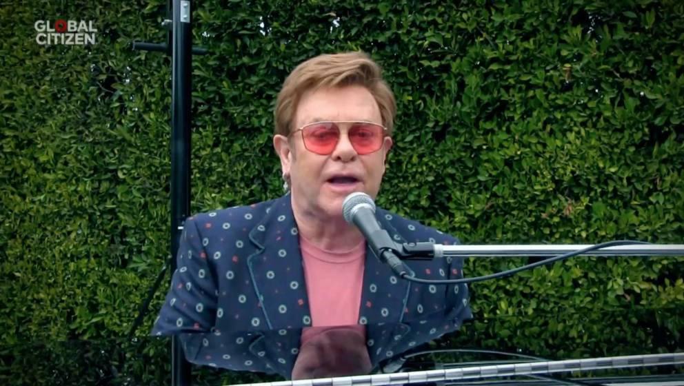 Elton John hält von den derzeitigen Charts nicht sonderlich viel