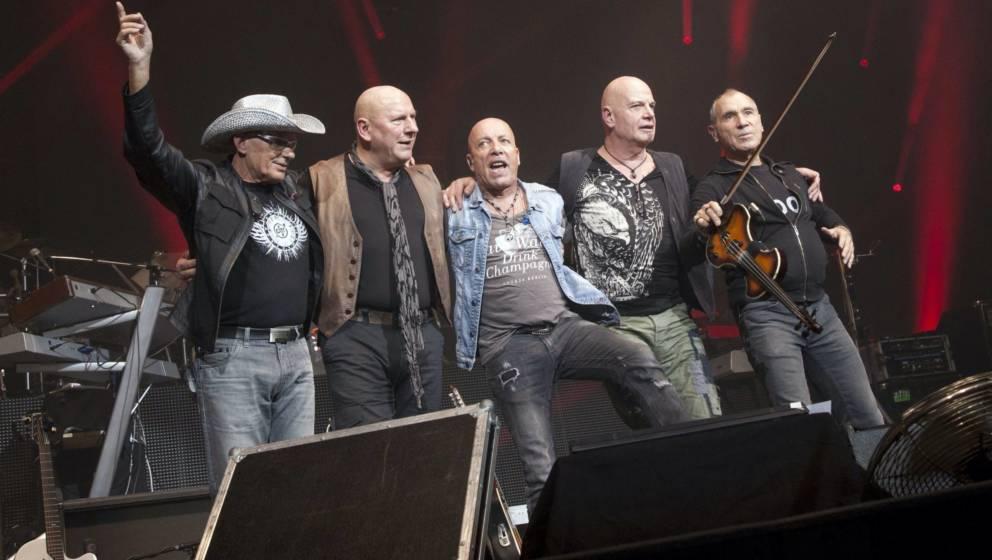 City – v.l.n.r.: Fritz Puppel, Klaus Selmke, Toni Krahl, Manfred Hennig and Georgi Gogow