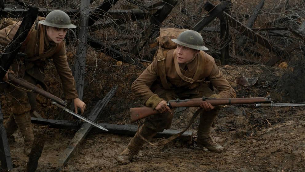 "Blake (Dean-Charles Chapman) and Schofield (George MacKay) in ""1917"""