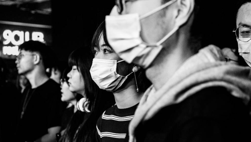 Bilder aus einer scheinbar wieder heilen Welt nach der Krise