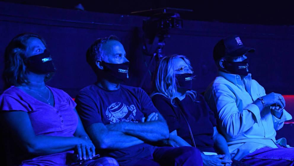Konzert mit Maskenpflicht - wie hier in den USA bei einem Testlauf von Musiker Travis McCready