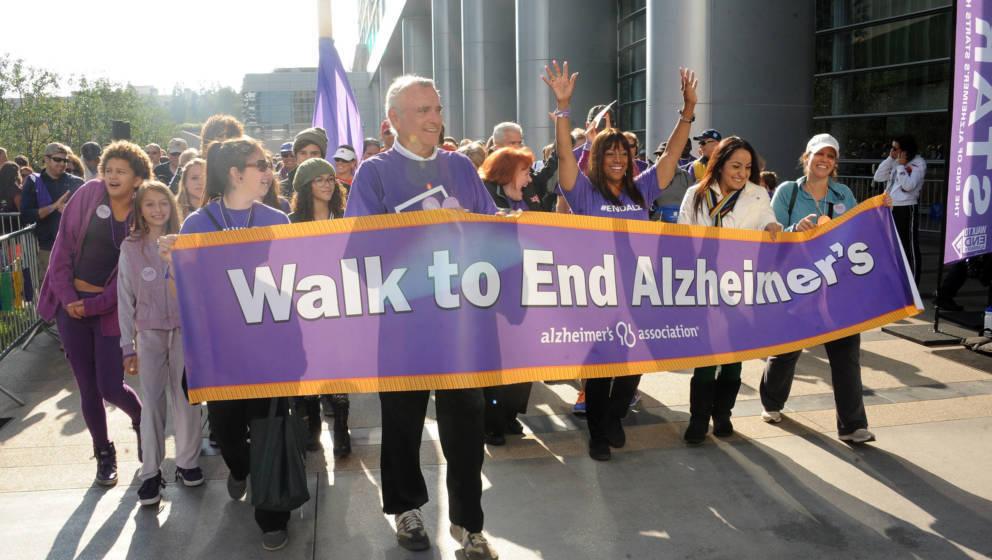 Die Alzheimer's Association unternimmt jedes Jahr Aktionen, um auf die Krankheit aufmerksam zu machen wie hier beim 21st Annu