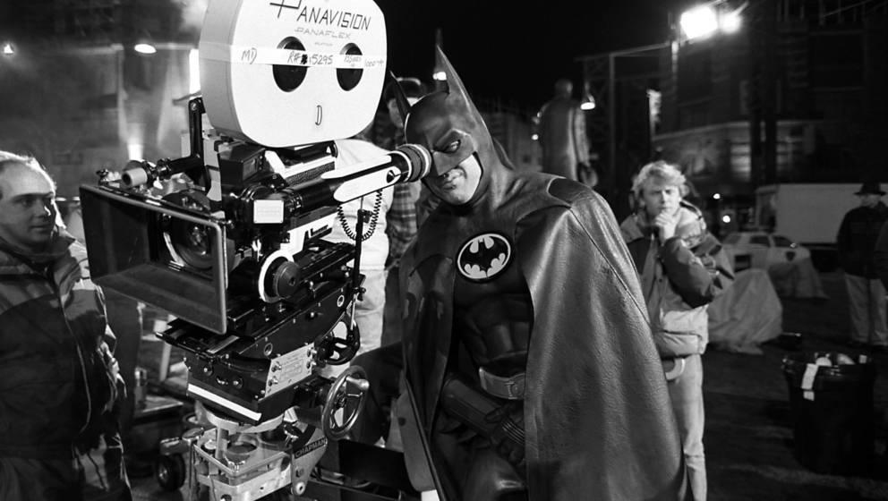 Michael Keaton als Batman bei den Dreharbeiten 1989  - Wird er noch einmal in die Rolle des Superhelden schlüpfen?