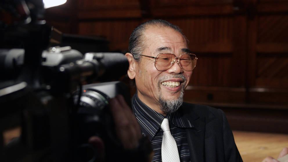 Daisuke Inoue ist der Vater des Karaoke.