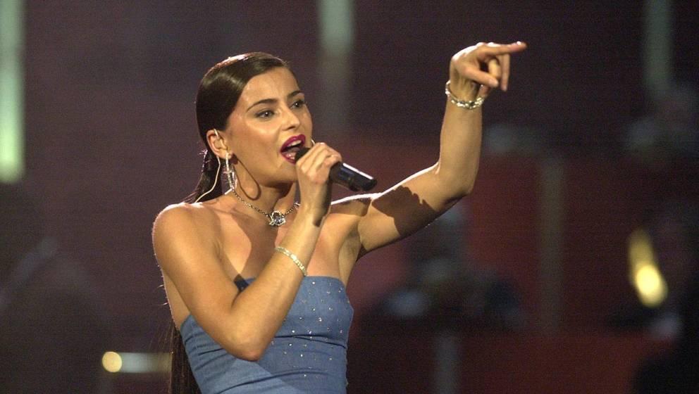Nelly Furtado im Jahr 2001