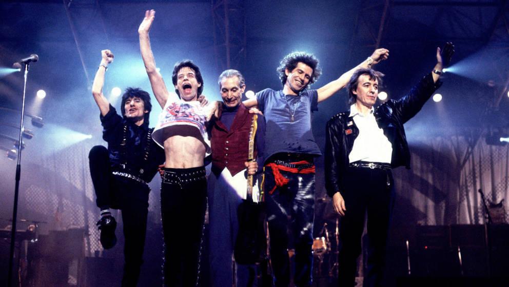 Die Rolling Stones bei dem berüchtigen Konzert der 'Steel Wheels'-Tour am 20.12.1989