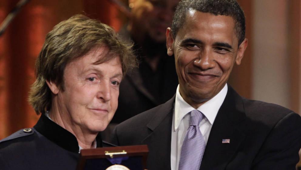 Paul McCartney wird vom damaligen US-Präsidenten Barack Obama geehrt