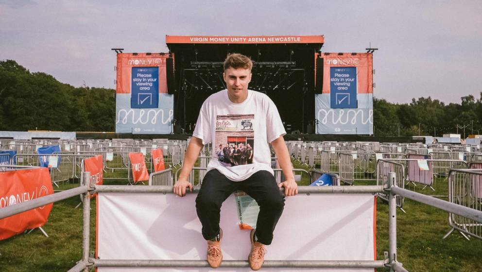 Sam Fender vor der Virgin Money Unity Arena