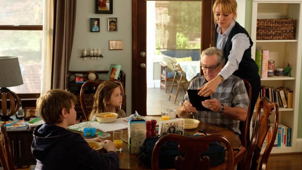 Zum Heimkinostart von 'Immer Ärger mit Grandpa' verlosen wir die Komödie dreimal auf Blu-ray
