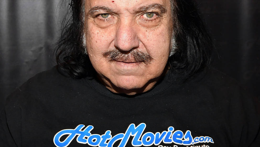 LAS VEGAS, NV - JANUARY 18:  Adult film actor Ron Jeremy appears at the HotMovies.com booth at the 2017 AVN Adult Entertainme