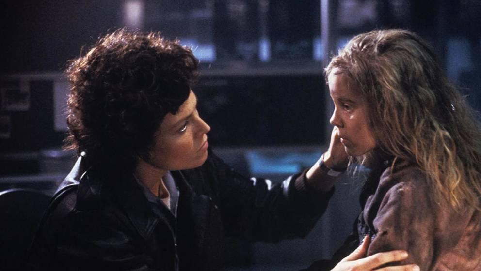 """Sigourney Weaver und Carrie Henn in """"Aliens"""""""