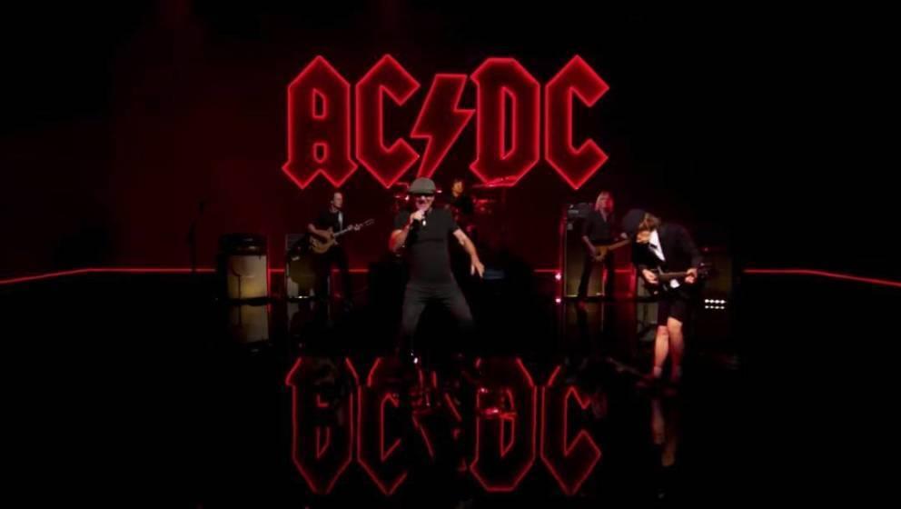 """Ausschnitt aus dem neuen Musikvideo zu """"Shot In The Dark"""" von AC/DC"""