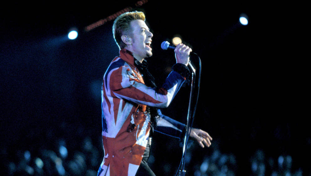 David Bowie 1998 during David Bowie File Photos in Wembley, London. (Photo by KMazur/WireImage)