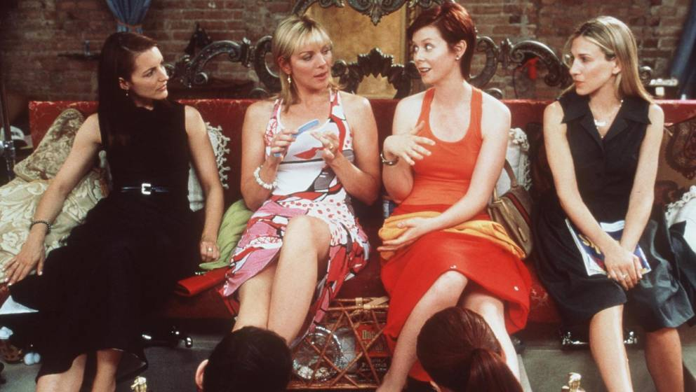 374562 01: The cast of 'Sex And The City' ('The Caste System' episode). From l-r: Kristin Davis, Kim Cattrall, Cynthia Nixon