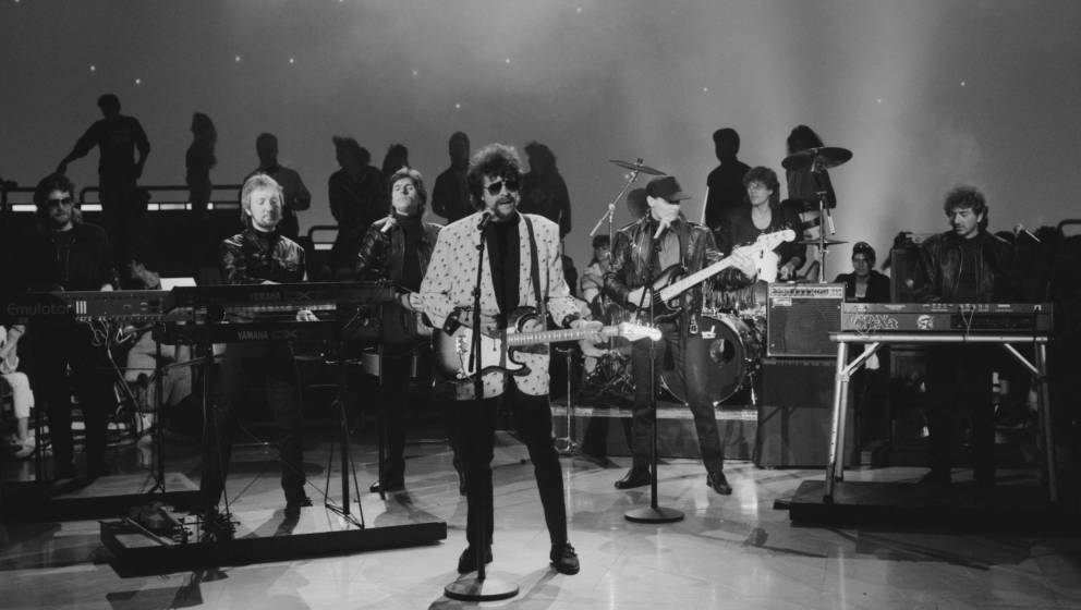 English rock band Electric Light Orchestra or ELO perform on the television show 'American Bandstand', USA, 5th July 1986. Fr