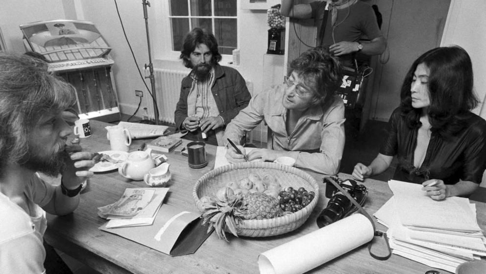"""Die Geschichte hinter John Lennons 1971 veröffentlichtem Album """"Imagine"""" ist eine Geschichte der Verschmelzung von Liebe"""