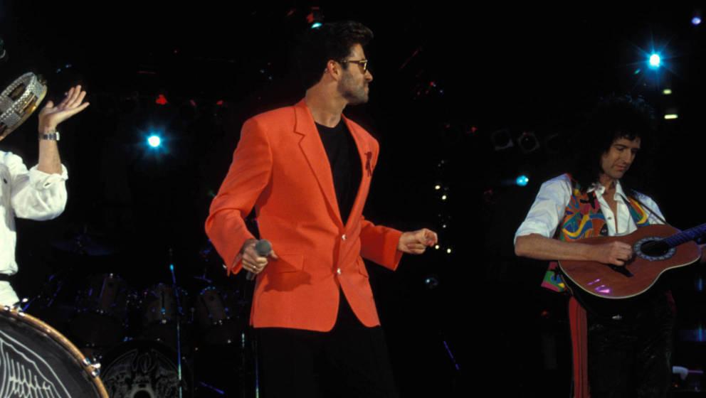 """Queen zusammen mit George Michael auf dem """"Freddie Mercury Tribute Concert for AIDS Awareness"""""""
