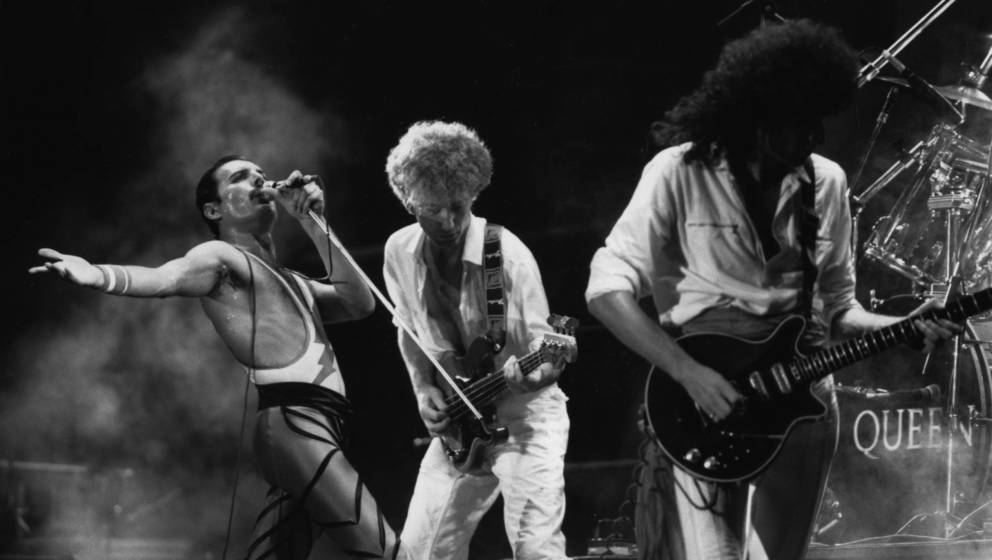 Freddie Mercury, John Deacon, Brian May.
