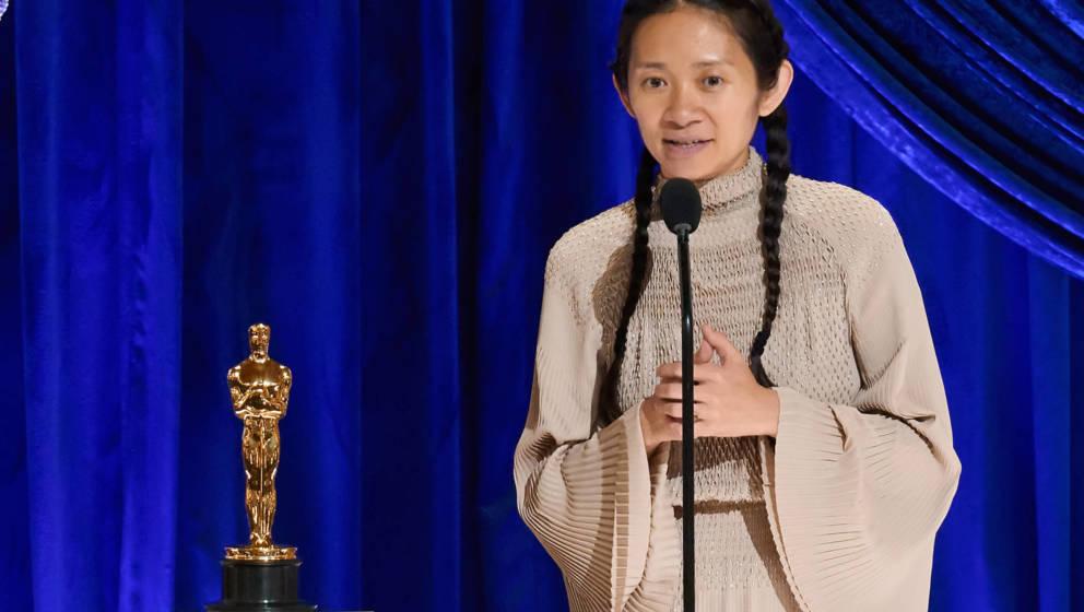 """""""Nomadland""""-Regisseurin Chloé Zhao bei ihrer Oscar-Dankesrede"""