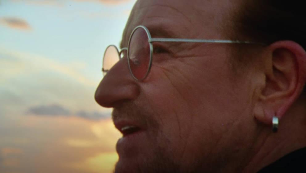 "Bono im Video zu ""We Are The People"""