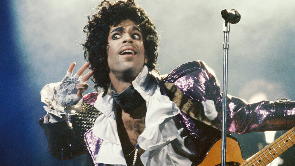 LOS ANGELES - CIRCA 1985:  Prince performs in concert circa 1985 in Los Angeles, California.  (Photo by Michael Ochs Archives