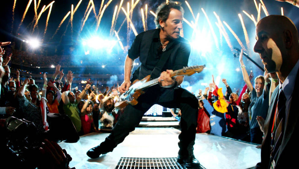 TAMPA, FL - FEBRUARY 01:  Musician Bruce Springsteen and the E Street Band  perform at the Bridgestone halftime show during S