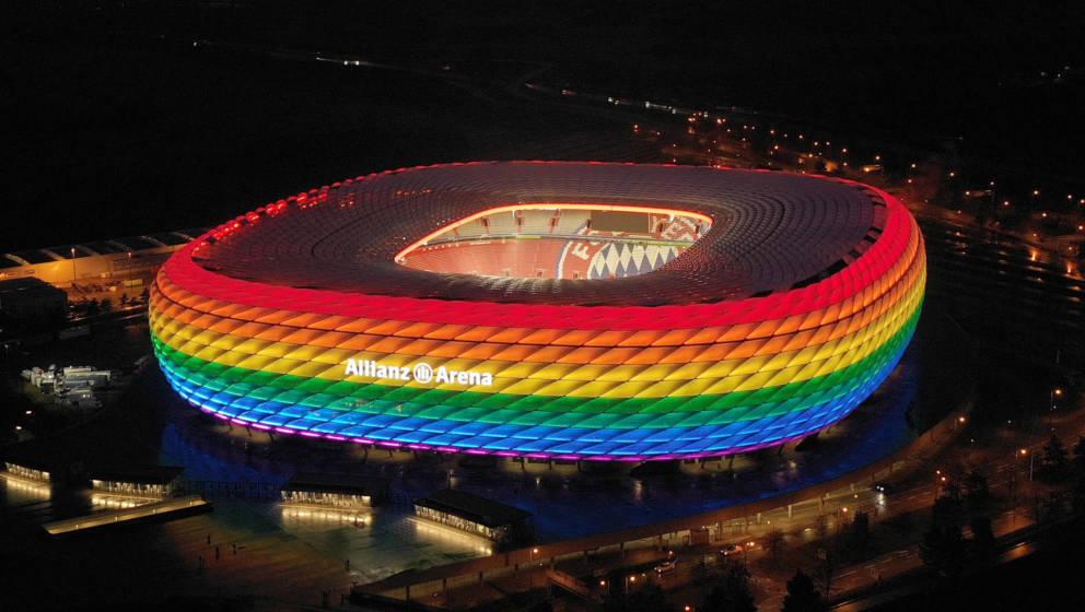 Erstrahlte auch schon früher in Regenbogenfarben: die Allianz-Arena in München