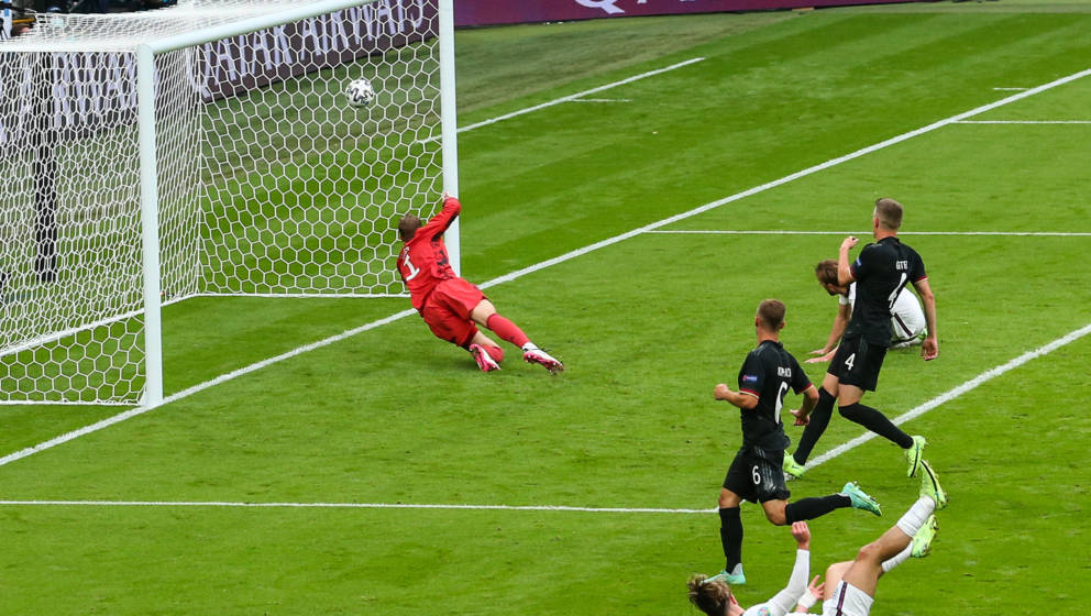 LONDON, ENGLAND - JUNE 29: Harry Kane of England scores a goal to make it 2-0 during the UEFA Euro 2020 Championship Round of