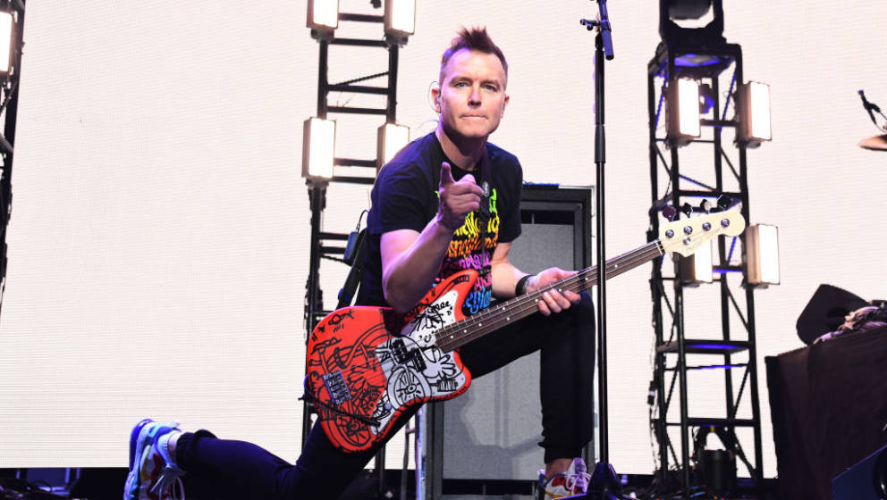 INGLEWOOD, CALIFORNIA - JANUARY 18: (FOR EDITORIAL USE ONLY) Mark Hoppus of blink-182 performs onstage at the 2020 iHeartRadi